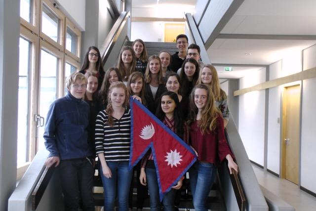 Hilfe für Nepal-Camerloher Gymnasium